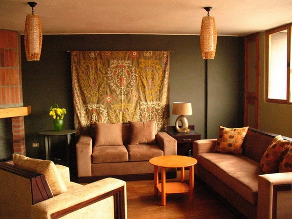Ethnic decor small living room ideas for Ethnic home designs