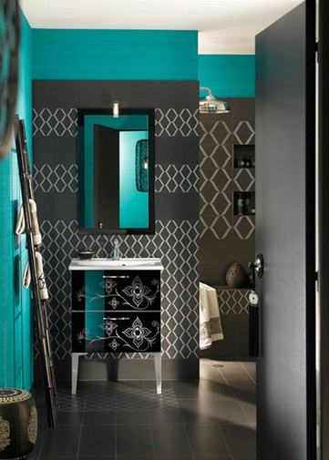 Light grey bathroom wall tiles for small bathroom color for Teal and gray bathroom ideas
