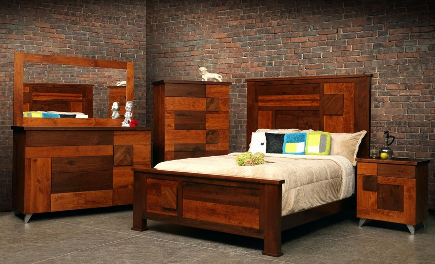 Cedar traditional bedroom furniture set for rustic bedroom decor ...