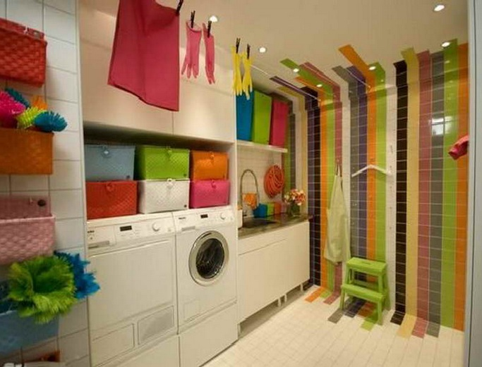 15 laundry room wall decor ideas with low budget for Decorate a laundry room