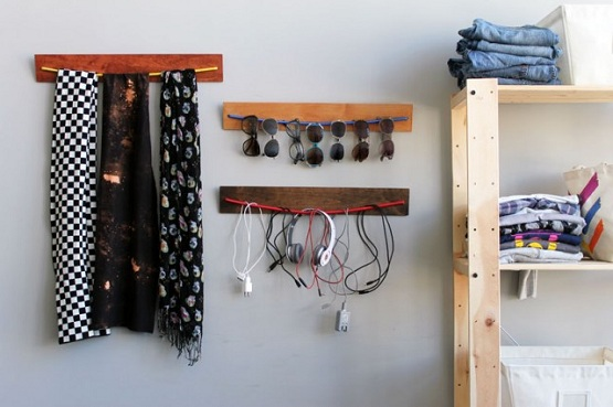 Simple Cable Organizer Diy In Bedroom