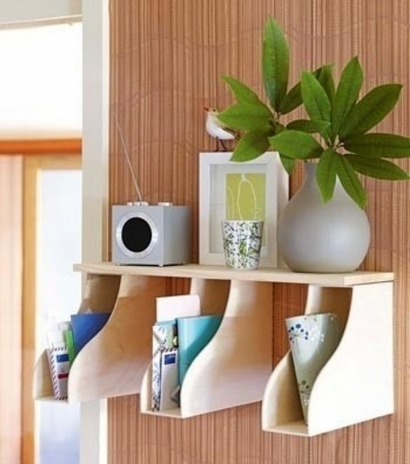 Small Shelves And Magazine Holder For Bedroom Organization Ideas