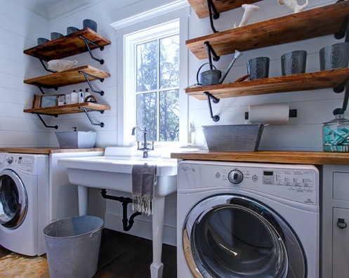 Diy laundry room decor using wooden shelves and vintage for Laundry room shelving diy