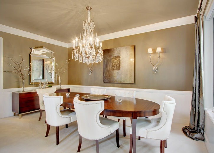 Modern crystal dining room chandeliers combined with wooden oval dining table - Dining room crystal chandelier ...