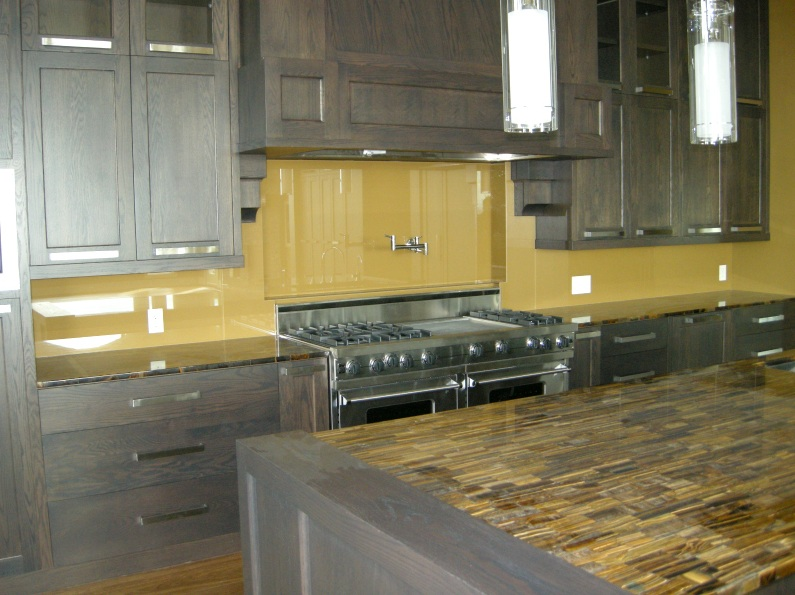 clear glass backsplash for kitchen with beautiful texture decolover