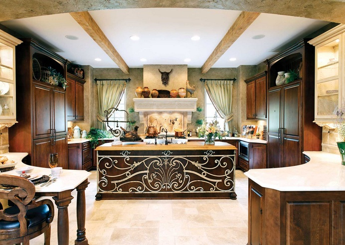 Italian Kitchen Decor With Artistic Kitchens Island