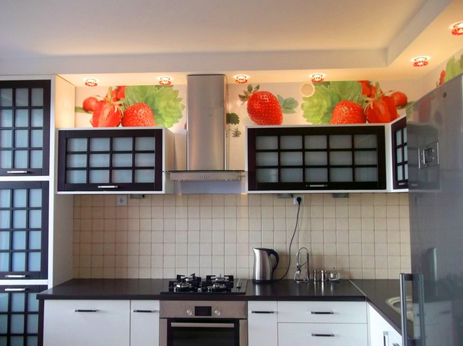 Strawberry kitchen decoration with strawberry print for Kitchen print wallpaper