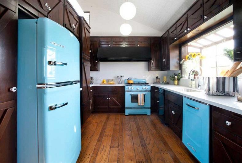Turquoise kitchen decor with turquoise kitchen appliances ...