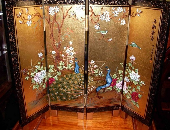 Asian screen room divider with 2 peacock paint for Painted screens room dividers
