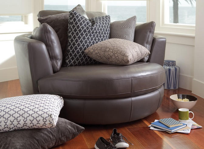 Oversized Leather Swivel Chair For Living Room With Cushion