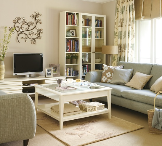White Painted Furniture In Country Chic Living Room Design