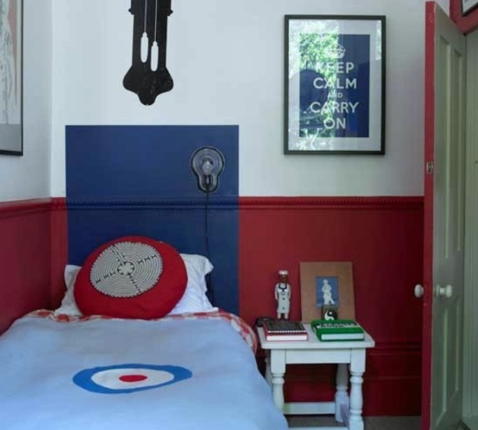 Red and blue wall paint for boys bedroom for Blue and white boys room