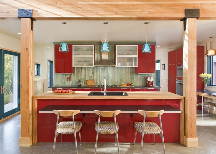 Red white and blue kitchen decor with wooden kitchen island