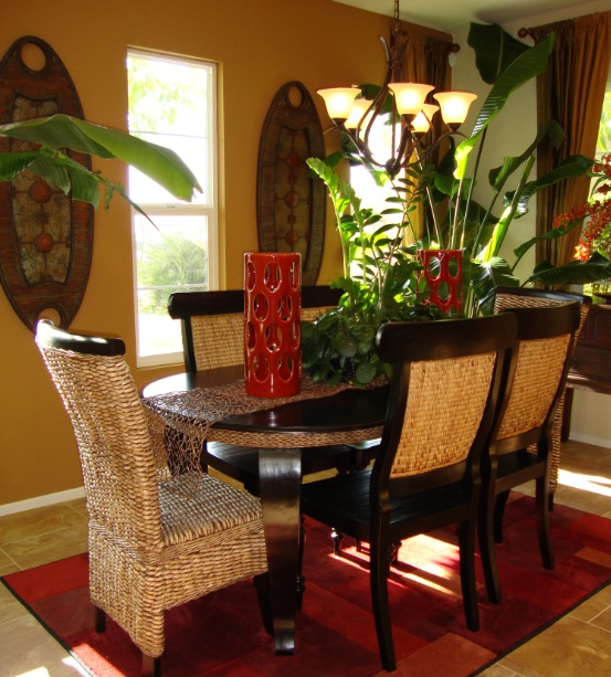 Small formal dining room ideas with stone wall decor for Traditional dining room art