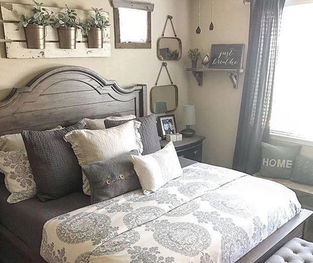 Farmhouse Style Bedroom With Warm Colors And Other Related Images Gallery