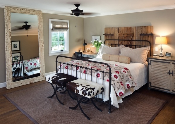 One Of Them Is Farmhouse Style Bedroom. This Decoration Focuses On A Style  Of Decoration That Brings Rural Nuance In Your Room. If You Are Interested  In It, ...