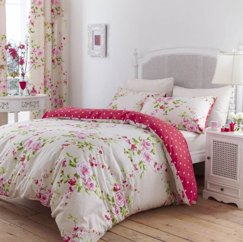 Floral Vintage Bedroom Ideas With Pink Floral Bedding And Curtain Sets