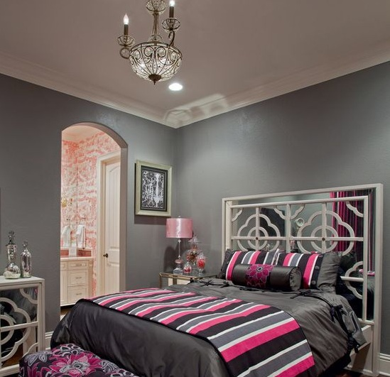 Pink and grey bedroom ideas with vintage mirrors - Decolover.net