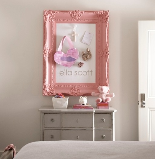 Pink and grey bedroom ideas with pin board and vintage chest ...