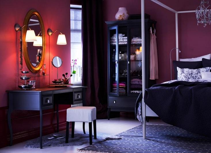 Purple vintage bedroom with beautiful bedroom vanity ...