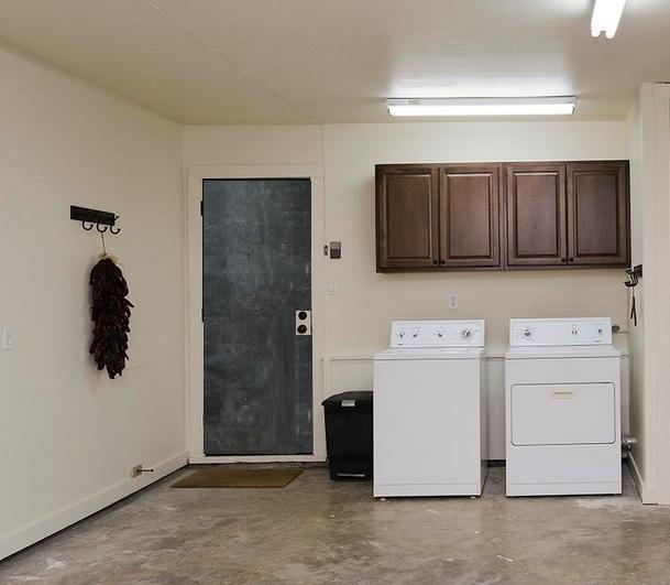 garage laundry room decorating ideas - Laundry Room in Garage Decorating Ideas What to Do to