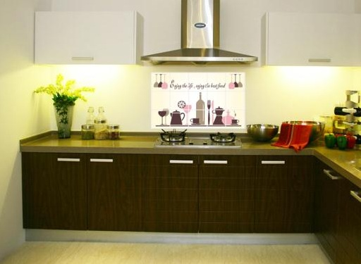 Wine themed kitchen decorating ideas with anti-oil wall ...