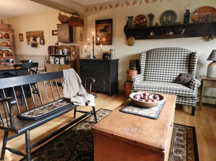 primitive decorating ideas for living room with wooden crafts