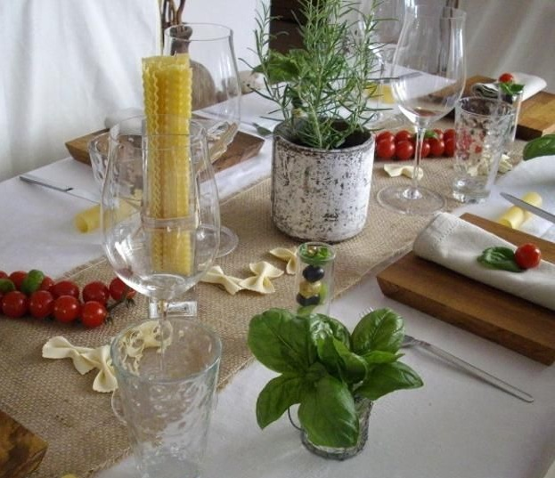 Italian table decorations ideas with flower and fruit for Italian decorations for home