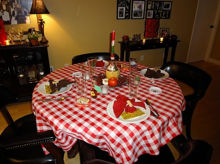 Italian Dinner Table Decorations