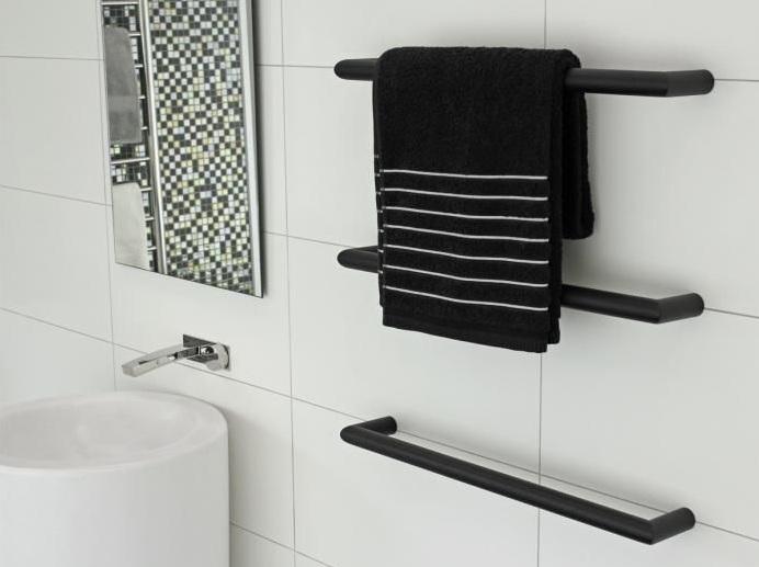 Black 400mm Towel Radiator: Black Bathroom Rugs And Towels For Black Bathroom Decor