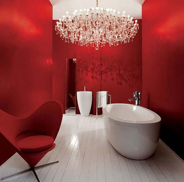 Red and white bathroom decor tips for your home for Red and white bathroom decor