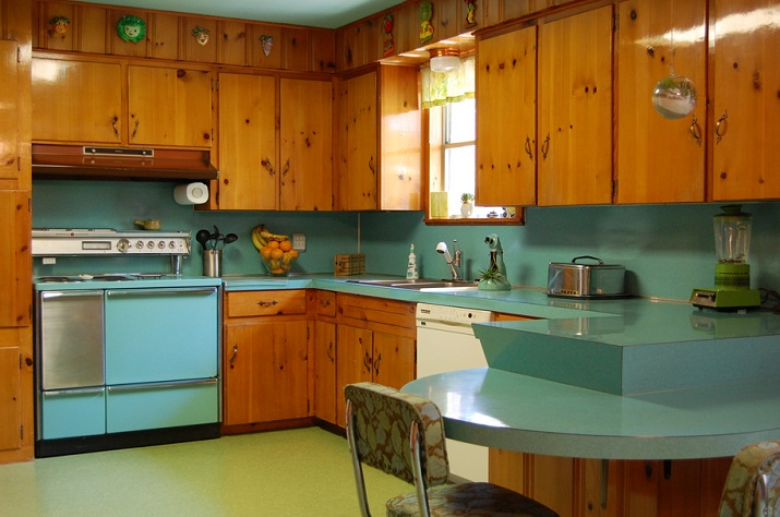 Paint Colors That Go With Knotty Pine Kitchen Cabinets Decolover Net