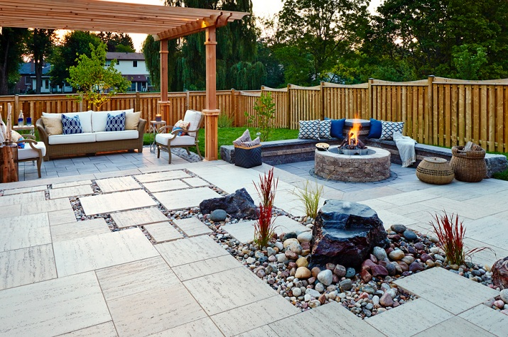 Garden designs without grass ideas with fireplace ...