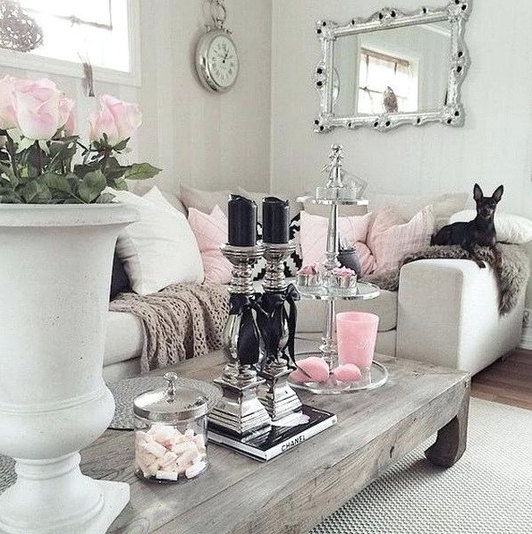 Shabby chic living room ideas on a budget with table lamp ...